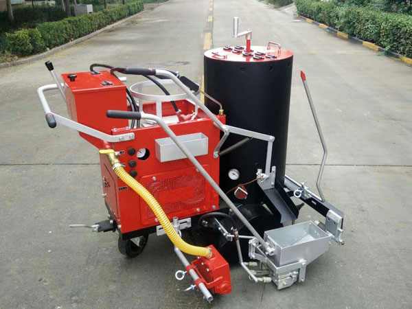 AC-SPT thermoplastic road marking machine 01